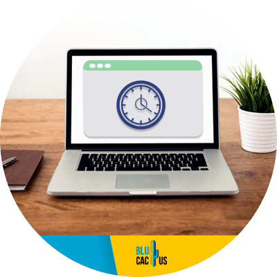 Blucactus - Speed up your website - A laptop with a clock