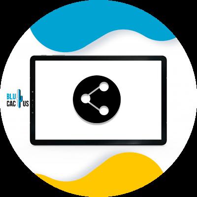 Blucactus - use social sharing icons