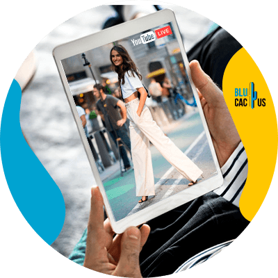 Blucactus-How-to-create-a-simple-fashion-show-through-the-networks-2 - Digital fashion catwalks: Success or failure for brands?